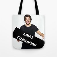 louis tomlinson Tote Bags featuring Louis Tomlinson by girllarriealmighty