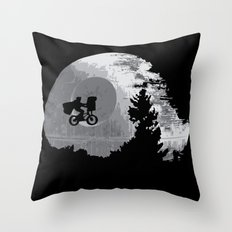 ET Wars Throw Pillow