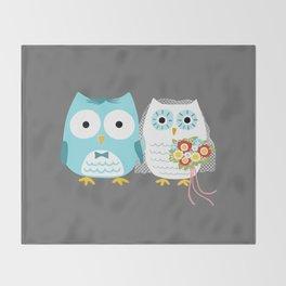 Owls Wedding Day | Bride and Groom Throw Blanket