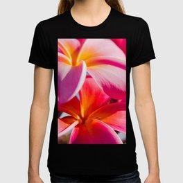 Pua Melia ke Aloha Keanae Dreams T-shirt
