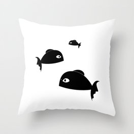 fishes of the beach Throw Pillow