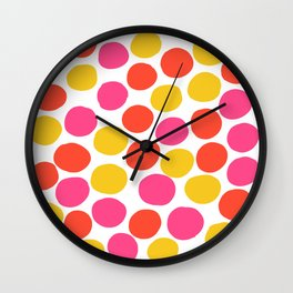 Bunte Punkte 003 / Mid-Century Modern Pattern Of Red, Pink & Yellow Dots Wall Clock