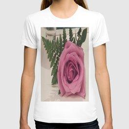 Single Purple Rose T-shirt
