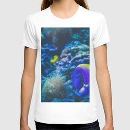 finding dori T-shirt