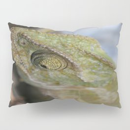 Wild Chameleon In Green Shades Pillow Sham