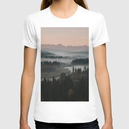Good Morning! - Landscape and Nature Photography T-shirt