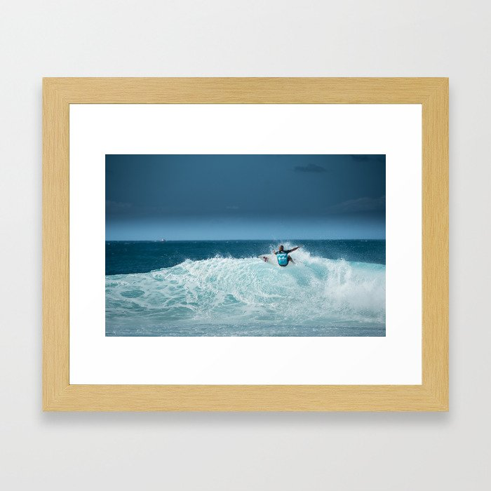 Kelly Slater at pipemasters 2013, hawaii Framed Art Print