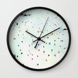 Winter vacation aquarelle Wall Clock