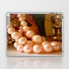 Pearls  Laptop & iPad Skin