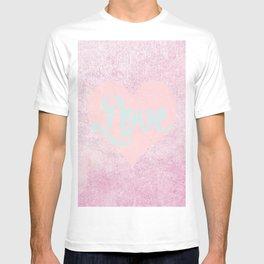 Peachy Love; T-shirt