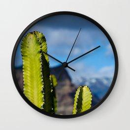 It stings Wall Clock