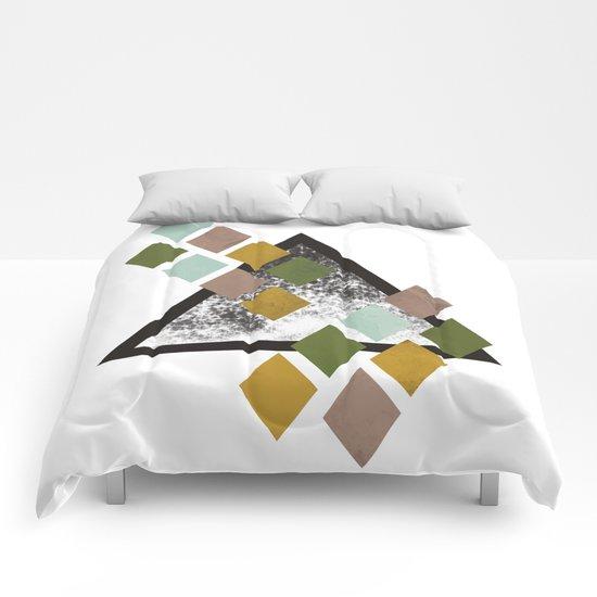 Triangle and diamonds Comforters