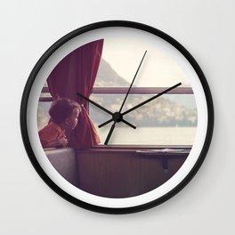 Oblò: Looking away Wall Clock