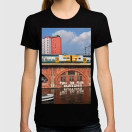 Old storehouse of Berlin T-shirt