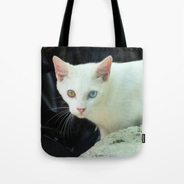 Blue And Green Eyed Cat Tote Bag