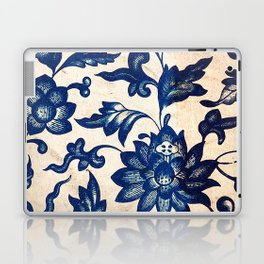 Blue Oriental Vintage Tile 06 Laptop & iPad Skin