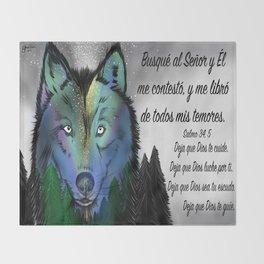 Lobo del cielo - Salmo 34, 5 Throw Blanket