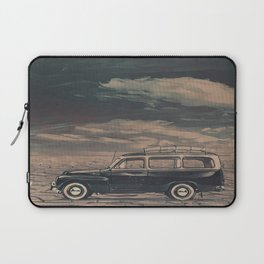 Old volvo in the desert Laptop Sleeve