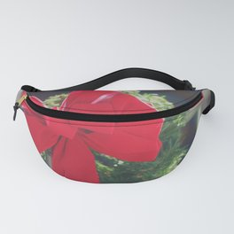 Shining Red Bow on Christmas Wreath Fanny Pack