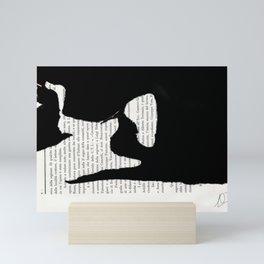 Coricata nera Mini Art Print