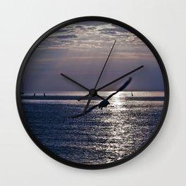 liberta infinita Wall Clock