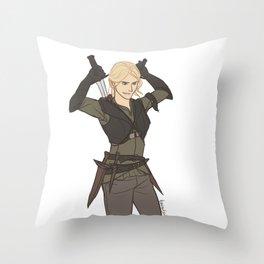 Celaena Sardothien Throw Pillow