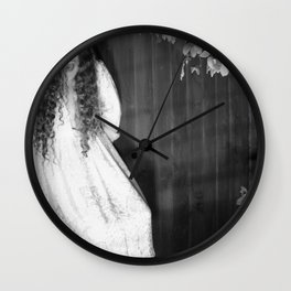 Screaming Chelsey Wall Clock