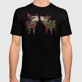 pig love amber T-shirt