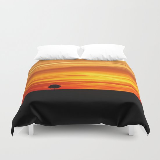 Dramatic sundown Duvet Cover