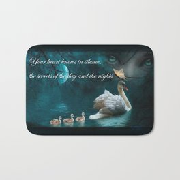 Your heart knows in silence Bath Mat