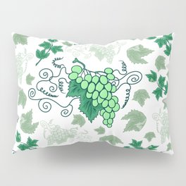 Bunches of grapes Pillow Sham