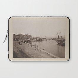 Port du Treport Les Travaux Publics de la France Laptop Sleeve