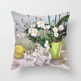 The quince Throw Pillow