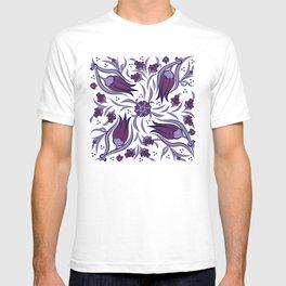 modern ottoman iznik tile - purple T-shirt