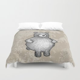 grizzly bear in foliage Duvet Cover