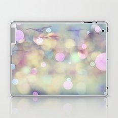 Free Flying Laptop & iPad Skin