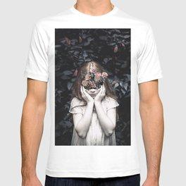 Mystical nature's portrait III T-shirt