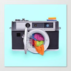 WASHING CAMERA Canvas Print