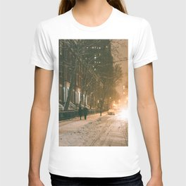 Winter - New York City - Snows Falls - Washington Square T-shirt