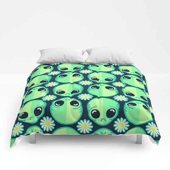 Sad Alien and Daisy Nineties Grunge Pattern Comforters