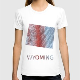 Wyoming map outline Red blue watercolor T-shirt