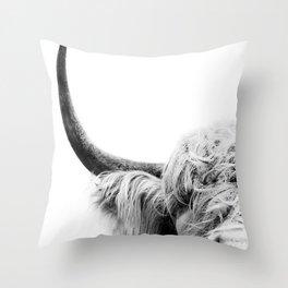 Cattle scotland Throw Pillow
