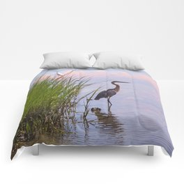 Blue Heron In Assateague Comforters
