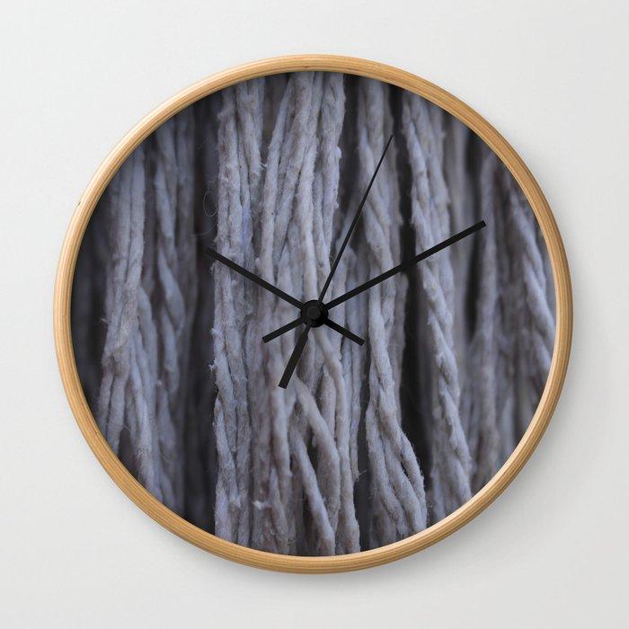 """""""Cascada de Algodón"""" Wall Clock"""