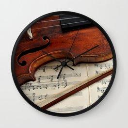 Old violin Wall Clock