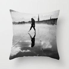 Skywalker ? Throw Pillow