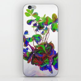 Cut clovers, databending/vector painting/dream smoothing rendition. iPhone Skin