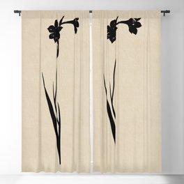 MINIMAL FLOWER 03 Blackout Curtain