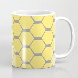 Grey and Yellow Hexagons Kaffeebecher