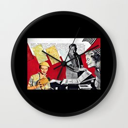 Complacencies of the Peignoir, Full Stop Wall Clock